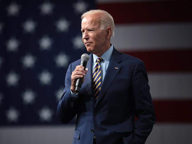 Biden Lags Behind In Mid Campaign Results