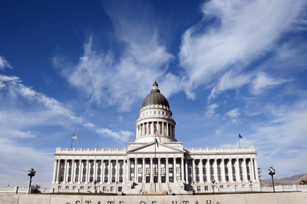 Utah Passes Bill To Decriminalise Polygamy