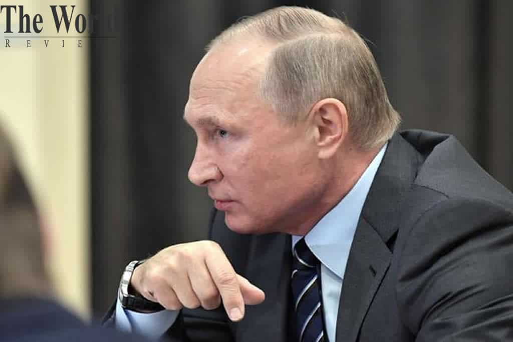 Putin supporting a constitutional amendment that allows him to stay in power