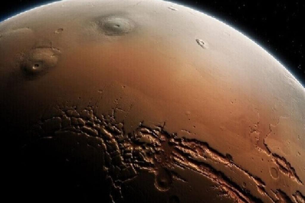 """Mars 1 - NASA monitors a """"Chinese Dragon"""" on Mars"""