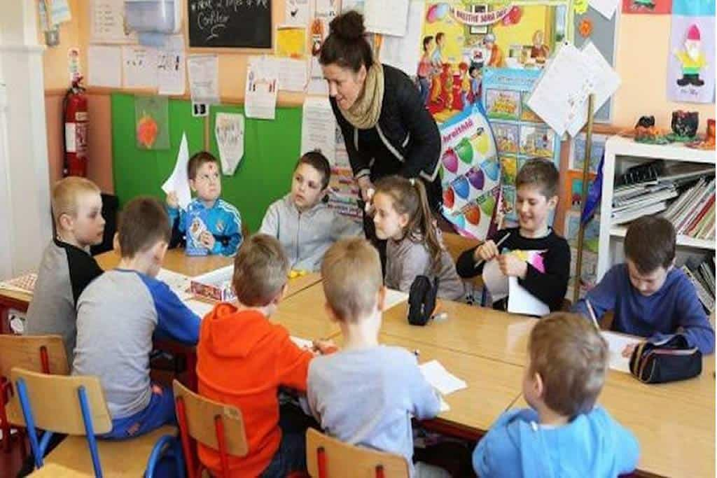 Europe tries to return to normal reopening the schools