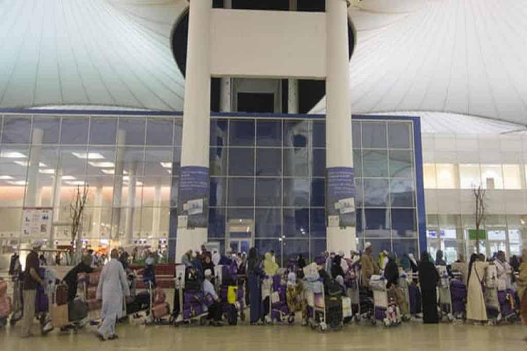 Thousands of Pakistanis register for special repatriation flights from UAE amid coronavirus