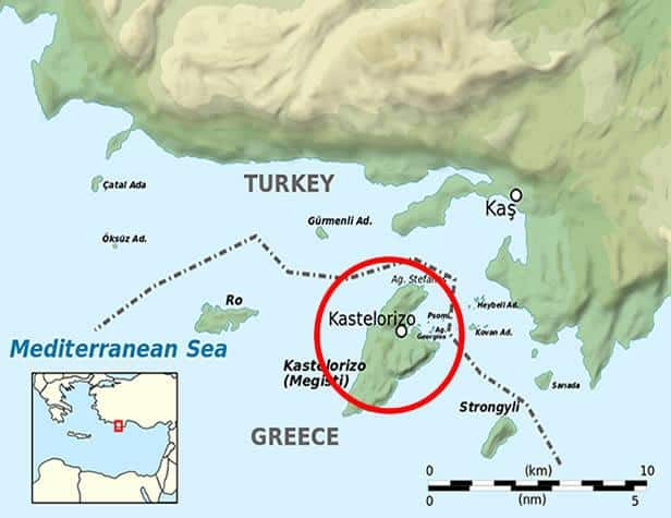 Map view Turkey Greece - Why do Greece and Turkey hold each other on dagger points over Kastellórizo?