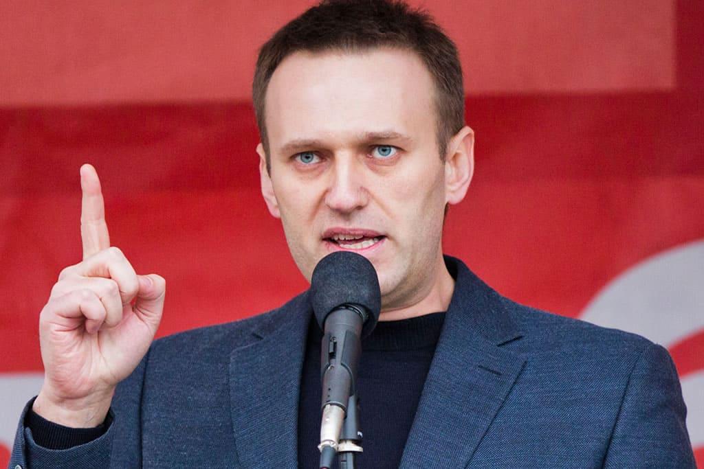 Alexei Navalny poisoned again for standing firm against Putin
