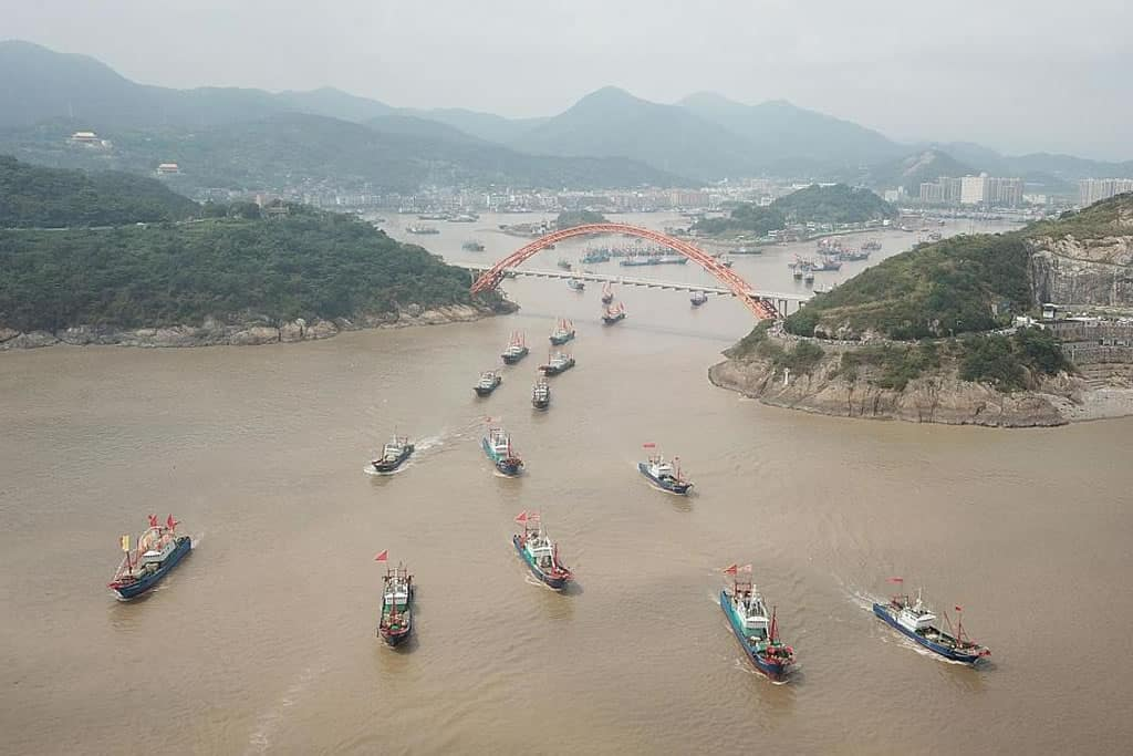 Chinese fishing boats, between food security and geopolitics