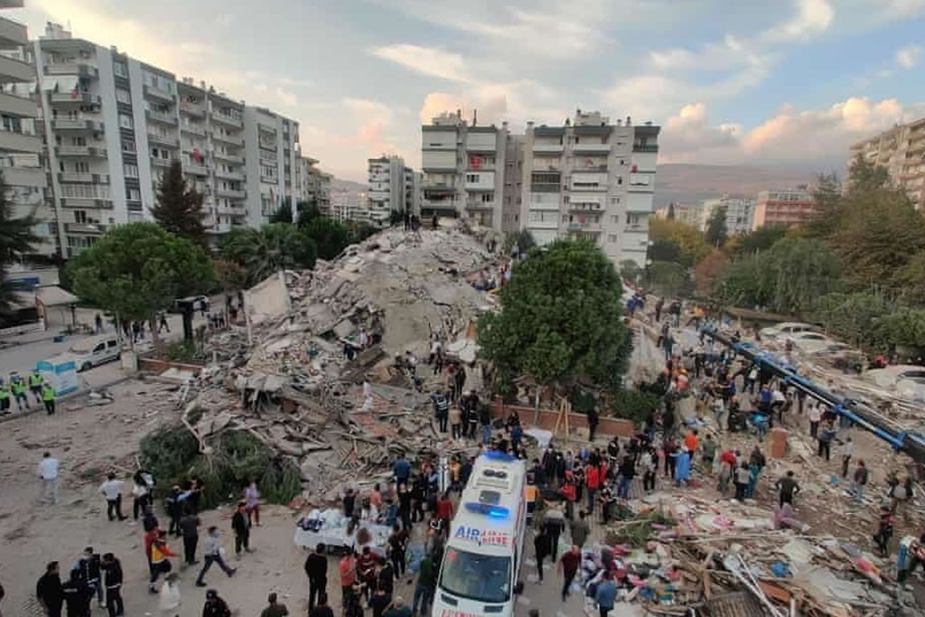 Greece and Turkey shook by 7.0 Richter Scale earthquake, followed by mini-tsunami