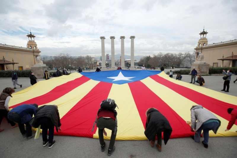 Catalonia exit poll, the moderate separatists of Esquerra Republicana win