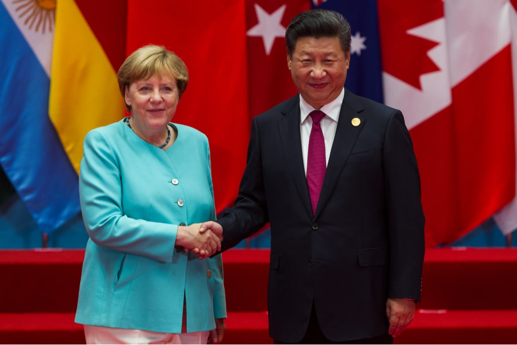 Chinese President Xi Jinping and German Chancellor Angela Merkel min - Home