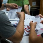 Chileans go for independents to draft a new constitution