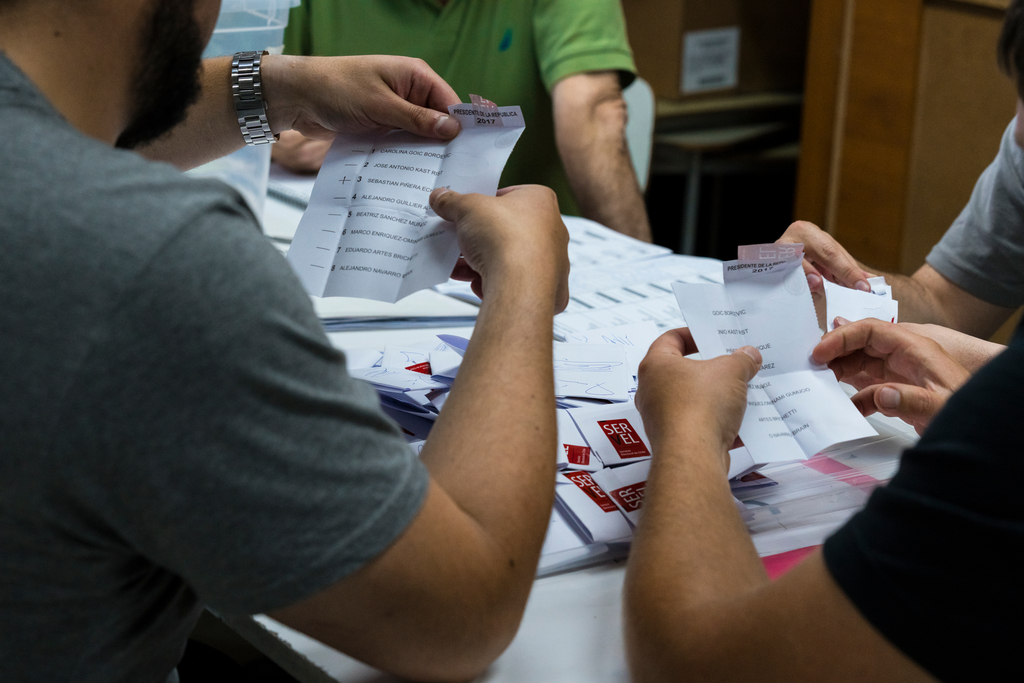 Chileans go for independents to draft a New Constitution - Home