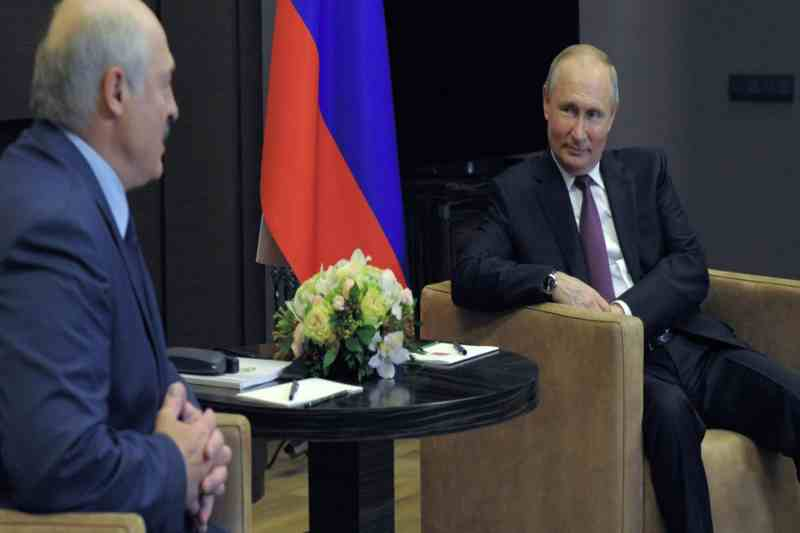 Putin asserts his support for Belarus amid plane diversion scandal