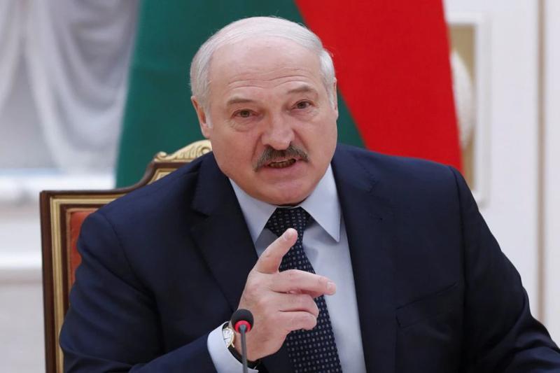 Belarus orders immediate closure of its border with Ukraine