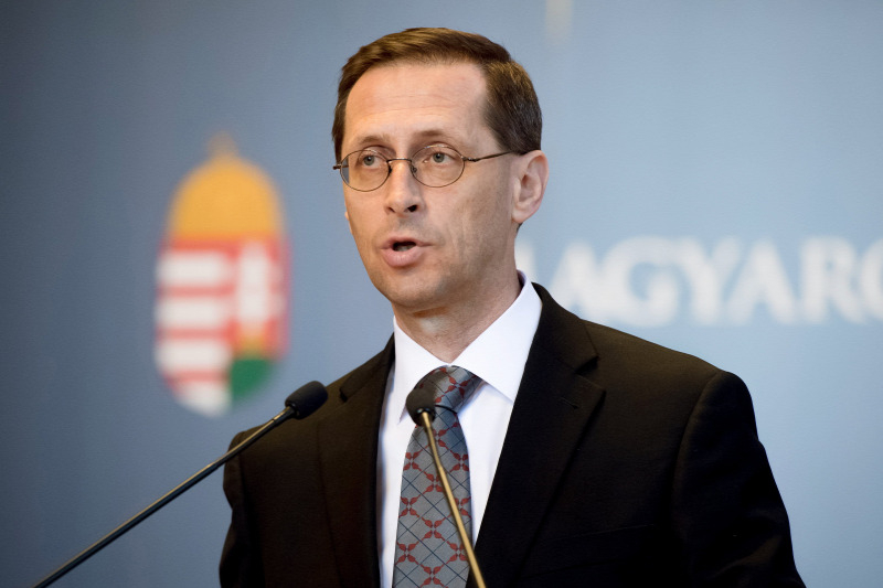 Hungary threatens to leave the EU when it has to contribute to the budget
