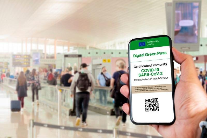 Coronavirus, the green pass becomes mandatory in Italy