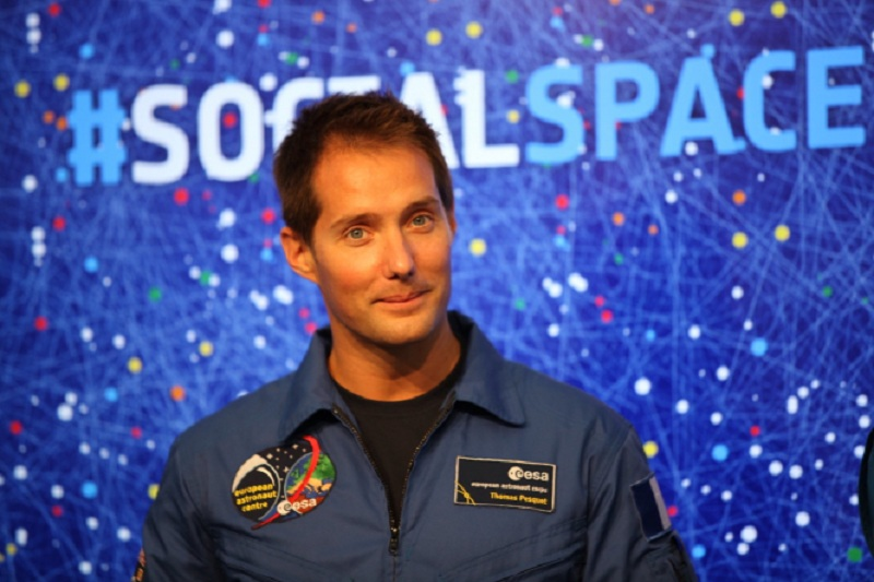 french astronaut thomas pesquets aurora time lapse video from iss goes viral