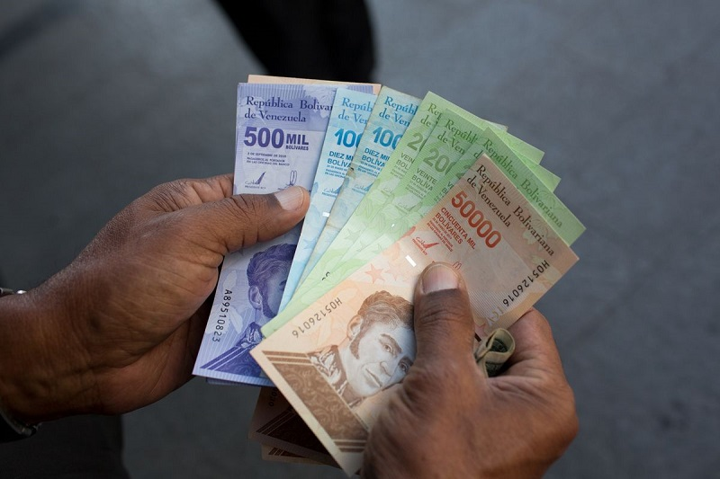 Venezuela brings in new currency with 6 Fewer zeros